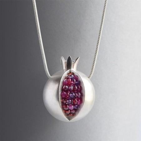 Fashionable necklace with pomegranate fruit
