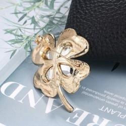 Four leaf clover - crystal brooch