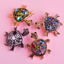 Fashionable brooch with crystal tortoise