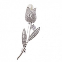 Luxurious white crystal brooch with rose / pearl