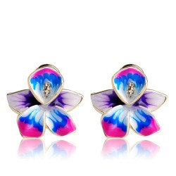 Stud earrings with flower & crystals