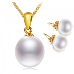 Elegant gold necklace with pearl & earrings