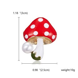Elegant brooch with mushroom and pearl